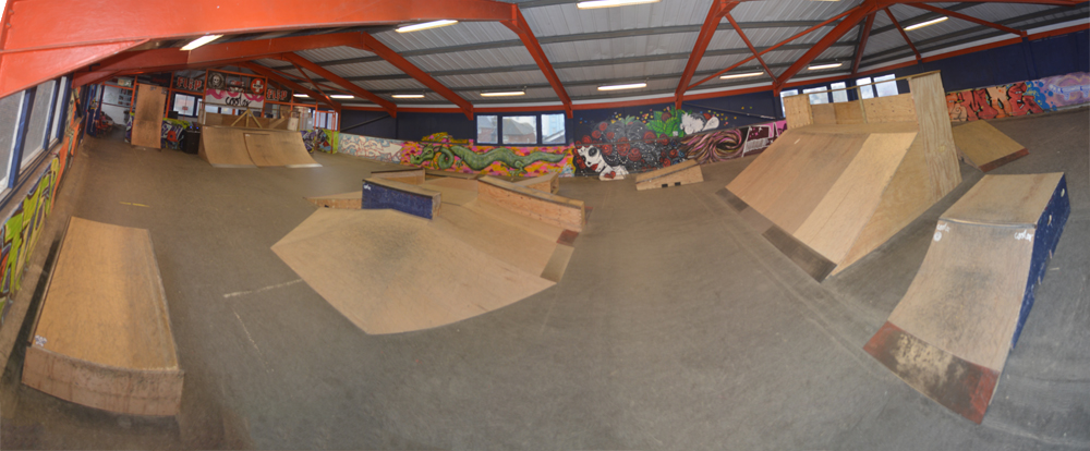 Skateboarding brighton youth centre for Indoor skatepark design uk